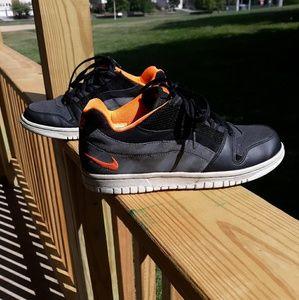 Nike vunk low size 4.5y/6women